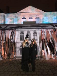 Principesse Maria Carolina e Maria Chiara di Borbone delle Due Sicilie partecipano al Ballo in maschera di Christian Dior Haute Couture