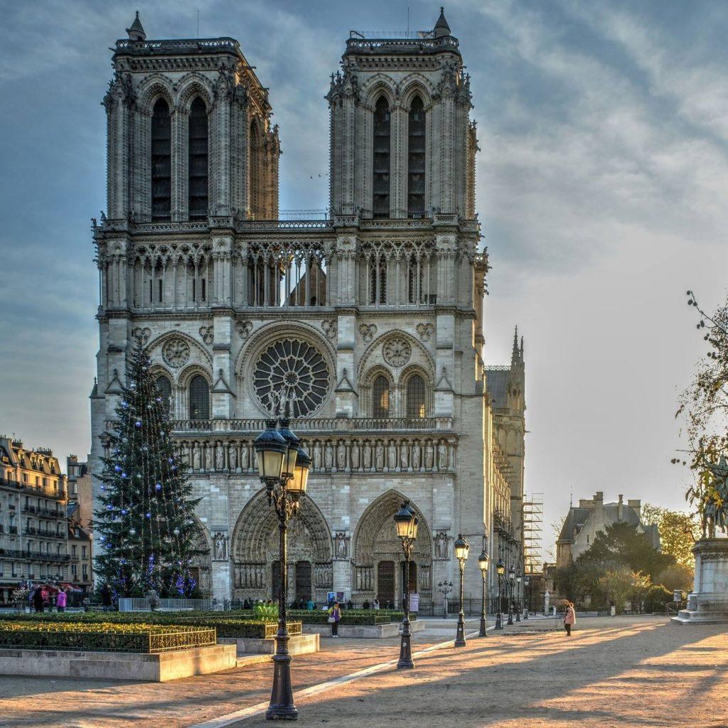 Message de S.A.R. le Duc de Castro à la suite de l'incendie de Notre-Dame de Paris